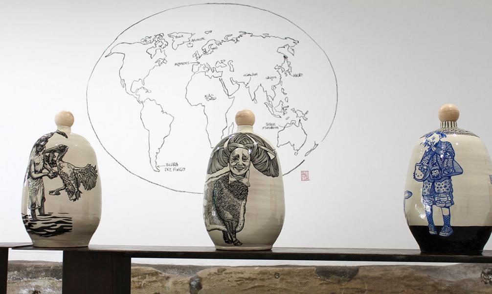 Detail Balises Céramiques à La Mouche