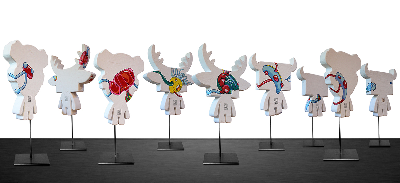 Les Subams, sculptures vues de dos /  elia pagliarino
